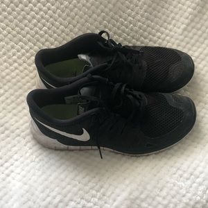 Nike shoes size 11